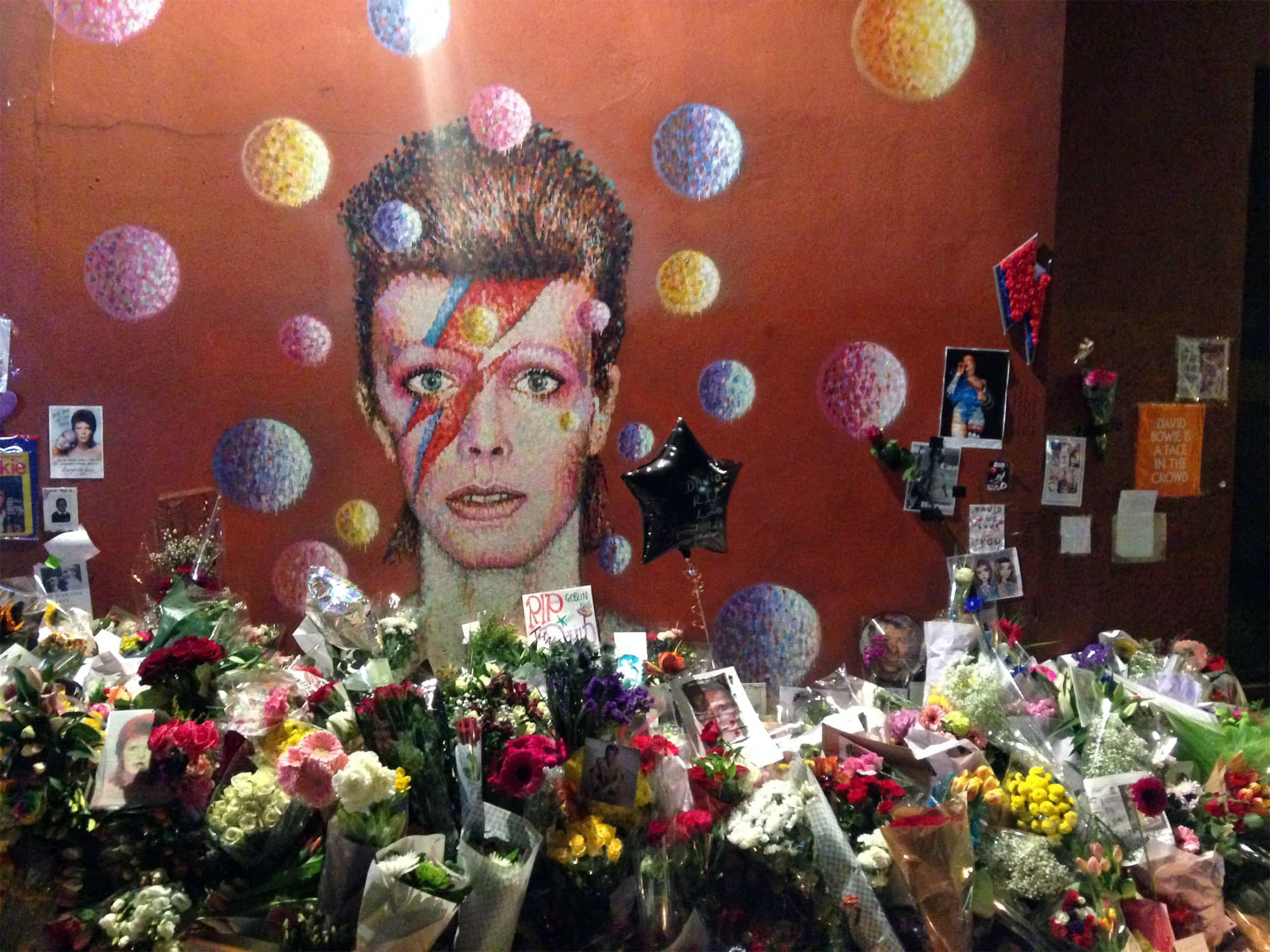 Memorial to David Bowie in Brixton, London, 2016